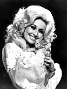 Dolly Parton Prints - Dolly Parton And Friend In The 1970s Print by Everett
