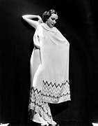 Dolores Photo Metal Prints - Dolores Del Rio, 1935 Metal Print by Everett