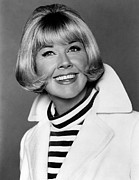 Doris Day Framed Prints - Doris Day, Mgm, Mid-1960s Framed Print by Everett