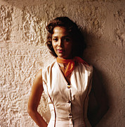 1950s Fashion Prints - Dorothy Dandridge, 1957, Island In The Print by Everett