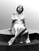Plunging Neckline Prints - Dorothy Lamour, 18 Years Old, 1933 Print by Everett