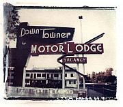 Down Towner Print by Jane Linders
