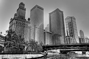 River Scene Posters - Downtown Chicago Poster by Drew Castelhano