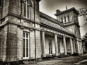 Dundurn Castle Framed Prints - Dundurn Castle BW Framed Print by Larry Simanzik