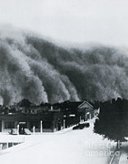 {atmospheric Conditions} Posters - Dust Storm Of 1937 In Clayton, Nm Poster by Science Source