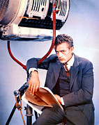 On-set Framed Prints - East Of Eden, James Dean, 1955 Framed Print by Everett