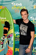 Teen Choice Awards Framed Prints - Ed Westwick In The Press Room For Teen Framed Print by Everett