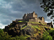 Edinburgh Art - Edinburgh Castle by Amanda Finan