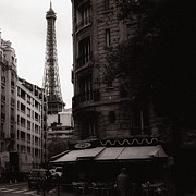 Vintage Eiffel Tower Metal Prints - Eiffel Tower Black and White 2 Metal Print by Andrew Fare