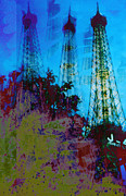 Patricia Januszkiewicz - Eiffel Tower in Abstract