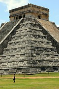 World Wonder Prints - El Castillo Chichen Itza Print by Sophie Vigneault