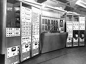Electronic Photos - Electronic Simulator, 1954 by National Physical Laboratory (c) Crown Copyright