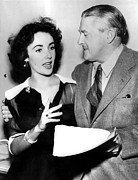 Arm Around Shoulder Posters - Elizabeth Taylor Describes To James Poster by Everett