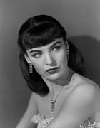 1940s Hairstyles Photos - Ella Raines, 1947 by Everett