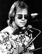 Elton John Art - Elton John 1970 by Chris Walter