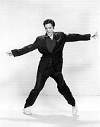 Publicity Shot Photo Prints - Elvis Presley Print by Everett