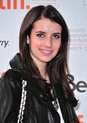 Daydream Framed Prints - Emma Roberts At Arrivals For Daydream Framed Print by Everett