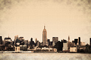 Midtown Digital Art Framed Prints - Empire State Building Framed Print by Bill Cannon