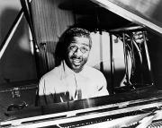 Pianist Framed Prints - Erroll Garner (1923-1977) Framed Print by Granger