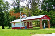 Old Master - Esso Station by Pauline Ross