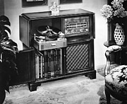 Time Gone By Photos - Ev1897 - Philco Radio Phonograph by Everett