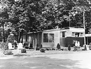Time Gone By Photos - Ev1909 - Mobile Home In Trailer Park by Everett