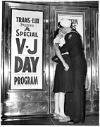 Couple Embracing Posters - Ev1948 - U.s. Sailor And His Girlfriend Poster by Everett