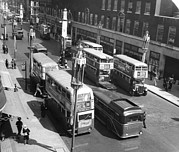 Buses Photos - Ev1972 - Buses On Oxford Street, London by Everett