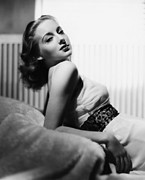 Char-proj Prints - Evelyn Keyes, 1939 Print by Everett