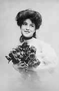Choker Metal Prints - Evelyn Nesbit 1884-1967, A Beautiful Metal Print by Everett
