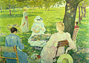 Chignon Paintings - Family in the Orchard by Theo van Rysselberghe
