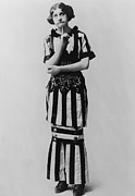 Musicals Prints - Fanny Brice 1891-1951 In 1910 Portrait Print by Everett