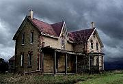 Haunted House Digital Art Metal Prints - Farm House Metal Print by Tom Straub