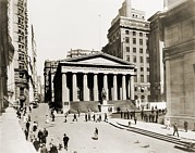 Depressions Prints - Federal Hall National Memorial In 1915 Print by Everett