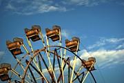 Amusement Parks Posters - Ferris Wheel Poster by Benanne Stiens