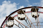 Ferris Wheel Framed Prints - Ferris Wheel Framed Print by Tara Romasanta