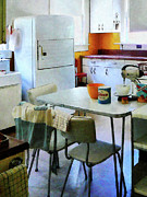 Kitchenette Posters - Fifties Kitchen Poster by Susan Savad