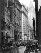 Crowd Scene Metal Prints - FINANCIAL CENTER, c1920 Metal Print by Granger