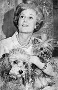 First Lady Framed Prints - First Lady Patricia Nixon With Pet Framed Print by Everett