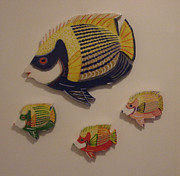 Wood Wall Hangings Mixed Media - Fish Family by Val Oconnor