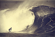 Sports Art - Fisher Heverly at Pipeline by Paul Topp