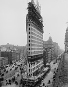 City Streets Photo Posters - Flatiron Building During Construction Poster by Everett