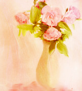 Summer Flowers Photos - Fleurs Pastel by Linde Townsend