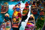 Thailand Paintings - Floating Market by V  Reyes