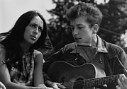 Washington Mall Prints - Folk Singers Joan Baez And Bob Dylan Print by Everett