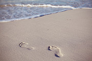 Footprints In Sand Print by Niamh O' Reilly