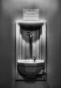 Fountain Photograph Posters - Fountain of Light Poster by Steven Ainsworth