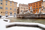 Snow Covered Photo Framed Prints - Fountain of Neptune Framed Print by Fabrizio Troiani
