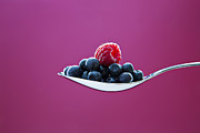 Raspberry Photo Originals - Fresh blueberry and raspberry by Einar Muoni