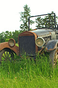 Rusted Cars Photos - Front End of Old Ford by Randy Harris